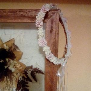 corona de comunión flor y muguet