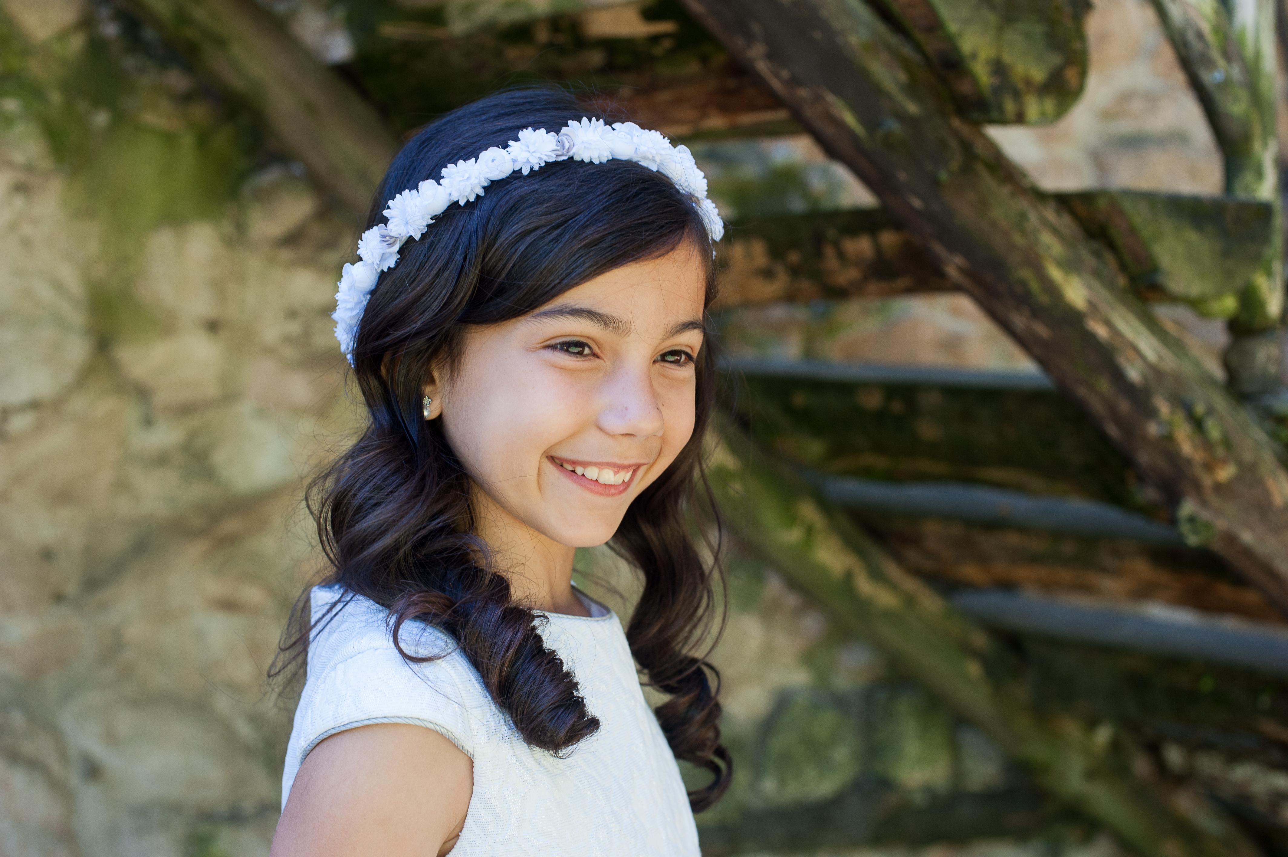 Coronas de flores, coronas de comunión y pasadores de pelo